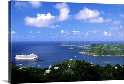 Cruise ship St. Thomas