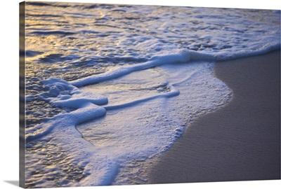 Dominican Republic, Caribbean, Punta Cana, Bavaro Beach, Atlantic Ocean at sunrise