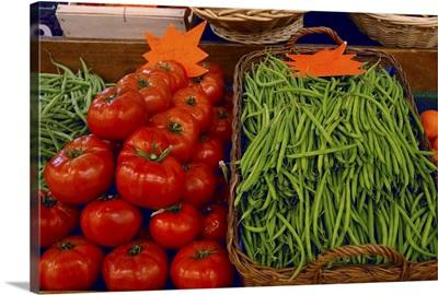 France, Avignon, Provence, fresh produce at indoor market
