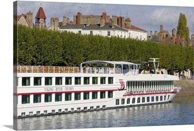 France, Burgundy, Chalon-sur-Saone, Viking Burgundy river boat docked