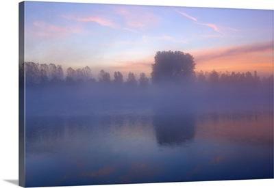 France, Burgundy, Macon, Saone River at dawn