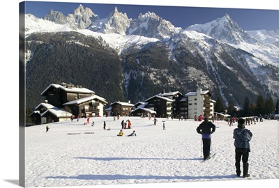 France, French Alps, Chamonix, Mont, Blanc, Skiers And Panorama Of Mountains