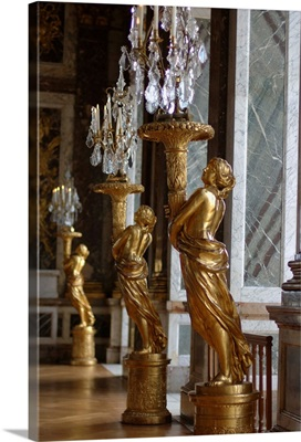France, Versailles, Hall of Mirrors gold statues