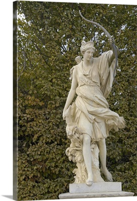 France, Versailles, marble statue in gardens