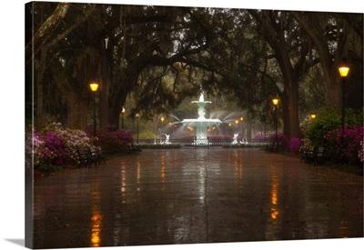 Georgia, Savannah, Forsyth Park Fountain with spring azaleas
