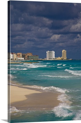 Hotel zone on Isla Cancun, bordering the Caribbean Sea, Cancun, Quintana Roo, Mexico