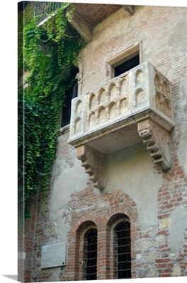 Italy, Verona, Juliet's balcony at Villa Capeletti