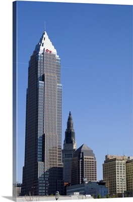 Key Bank tower and skyline in Cleveland, Ohio