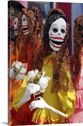 Mexico, Skeletal Catrinas, figures celebrating Dia de Los Muertos ...