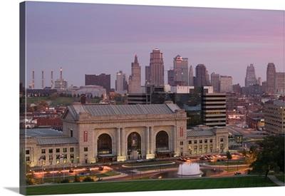Missouri, Kansas City, Union Station and Kansas City Skyline at Dawn