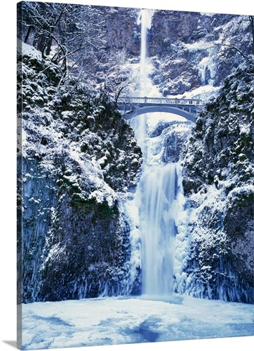 CANVAS Multnomah Falls in Winter Art print POSTER