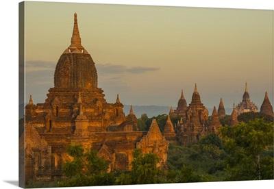 Myanmar. Bagan. Sunrise over the temples of Bagan