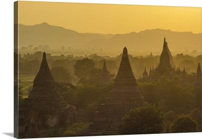 Myanmar. Bagan. Temples at sunset