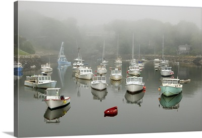 New England, Maine, Ogunquit, boats in Perkins Cove