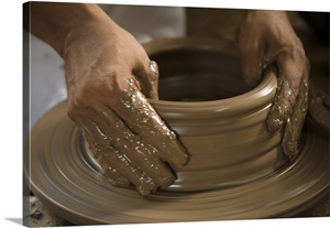 Nicaragua Catarina Potter S Hands Creating Clay Pottery