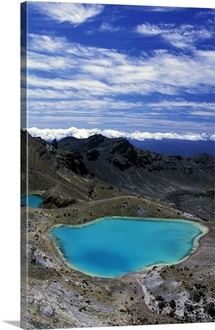Oceania, New Zealand, North Island, Tongariro National Park. Emerald Lakes