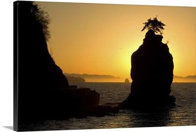 Siwash Rock, Stanley Park, British Columbia