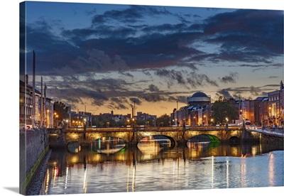 The Grattan Bridge Over The River Liffey At Dusk In Downtown Dublin, Ireland