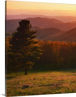 Virginia, Shenandoah National Park, Sunset from Hazeltop Ridge