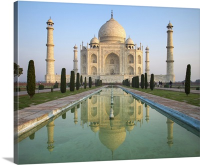 A Perspective View On Taj Mahal Mausoleum With Reflection In Water