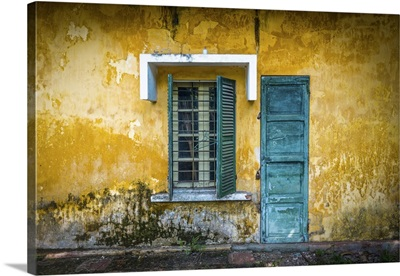 Old And Worn House On Street In Vietnam