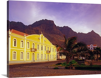 Africa, Cape Verde, main square of the village with poruguese colonial mansions