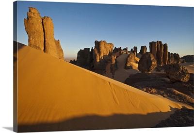 Algeria, Ahaggar Mountains, Hoggar, Sahara Desert, Tin Akachaker