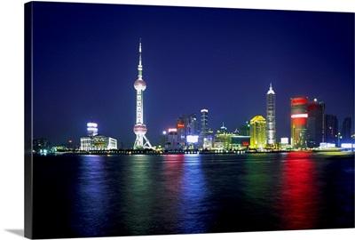 Asia, China, Shanghai, Pudong area on Huangpu river