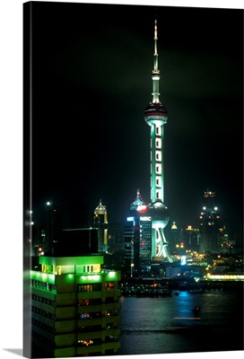 Asia, China, Shanghai, Pudong New Area, Orient Pearl TV Tower and Huangpu river