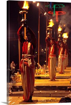 Asia, India, Uttar Pradesh Varanasi, Puja ceremony