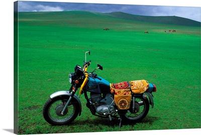Asia, Mongolia, Arhangay, motorcycle