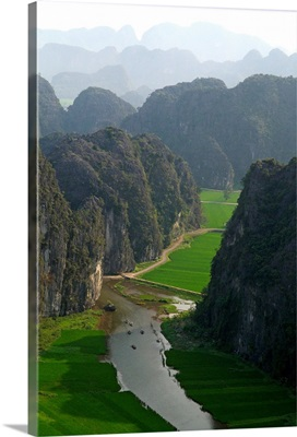 Asia, Vietnam, Ha Nam Ninh, Ninh Binh area, Tam Coc