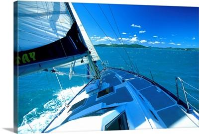 Australia, Queensland, Whitsunday Island, sailboat