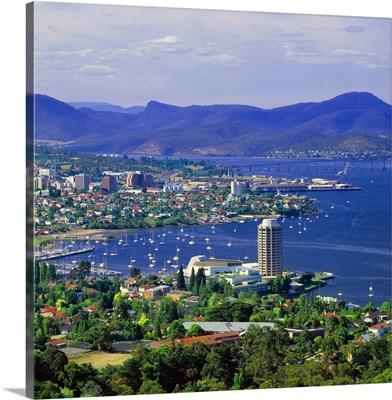 Australia, Tasmania, Hobart, City view