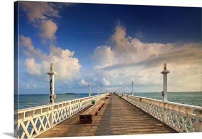 Brazil, Ceara, Fortaleza, Iracema Beach, pier