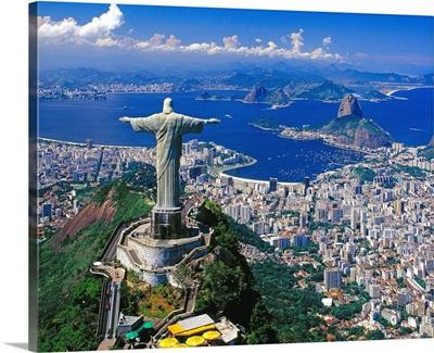 Brazil, Rio de Janeiro, Christ the Redeemer on Corcovado mountain