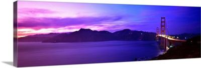 CA, San Francisco, Golden Gate Bridge and Marin Headlands at sunset