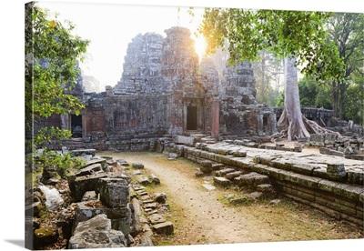 Cambodia, Siemreab, Angkor, Preah Khan Temple at sunrise