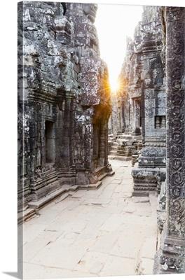 Cambodia, Siemreab, Angkor, Sunset over the Bayon Temple