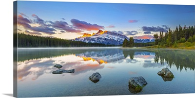Canada, Alberta, Banff National Park, Two Jack Lake and Mount Rundle