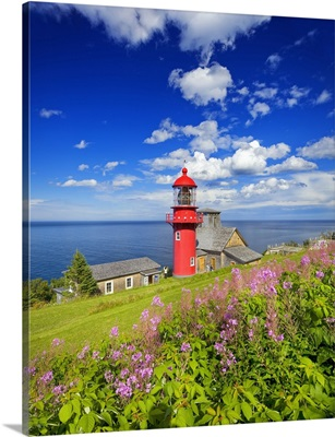 Canada, Quebec, Gaspe Peninsula, Pointe-a-la-Renommee Lighthouse