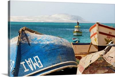 Cape Verde, Boa Vista, Atlantic ocean, Sal Rei, Praia de Diante beach with boats