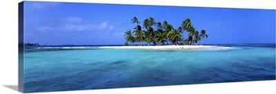Central America, Panama, San Blas, Rio Sidra, Los Grillos islands