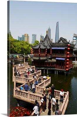 China, Shanghai, Nanshi the old chinese city, Hu Xing teahouse and bridge
