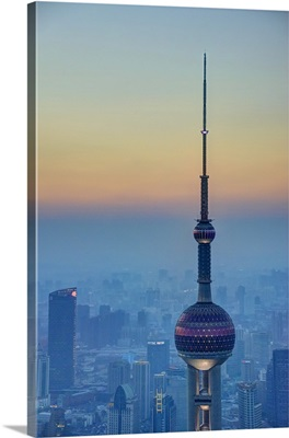 China, Shanghai, Pudong, Oriental Pearl Tower, Lujiazui Financial District at dusk
