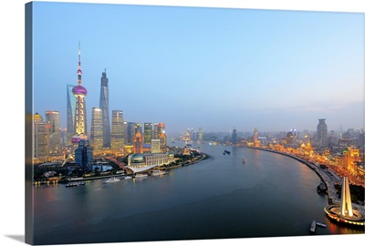 China, Shanghai, Pudong, Oriental Pearl Tower, Lujiazui Financial District skyline