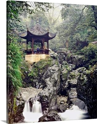 China, Sichuan, Mount Emei, Wannian Temple, pagoda