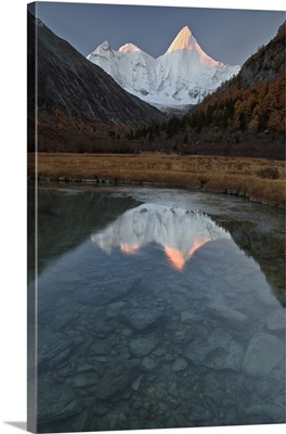 China, Sichuan, Yading Nature Reserve, Secret mount Yangmaiyong in Yading Nature Reserve