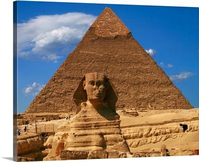 Egypt, Cairo, Giza, Jizah, Sphinx and Pyramid of Chefren
