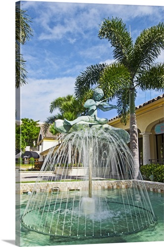 Florida Delray Beach Veterans Park Violin Fountain
